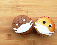 Coronavirus cupcakes with a mask