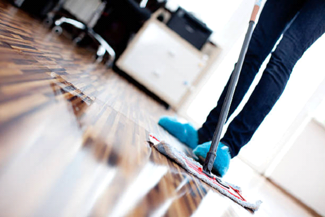 Cleaning floors easily