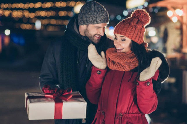 Why give your girlfriend a creative Christmas present?