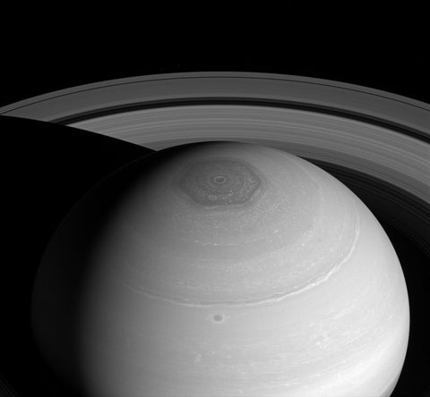 Saturns Hexagon at the north pole