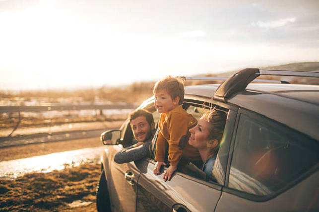 when to travel cheap with children