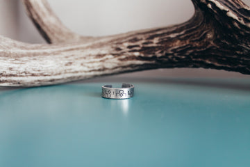 Accent Adjustable Ring