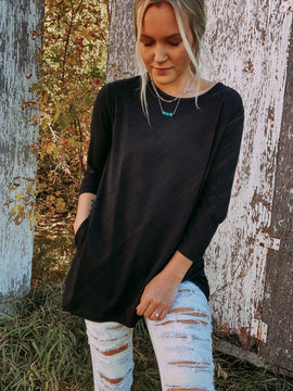Basic Black 3/4 Sleeve Top with Pockets