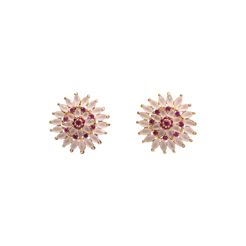 Gold plated stud earrings with many pink ellipse like format and cubic bordeaux zirconia stones. . Super delicate and cute! Anchoring: traditional screw (push back).