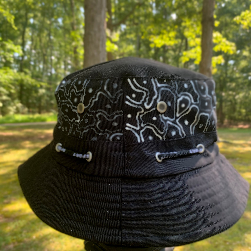 Black & White matter bucket hat