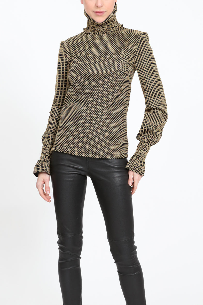 Turtle neck shirt with poet sleeves