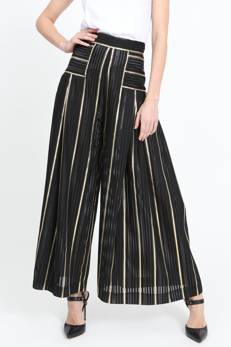 Pants with striped pattern