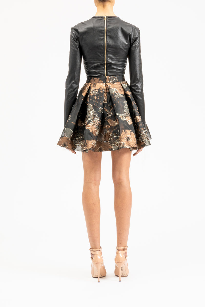 Mini skirt with flower pattern