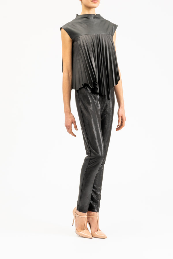 Matte leather blouse with plisse pleats
