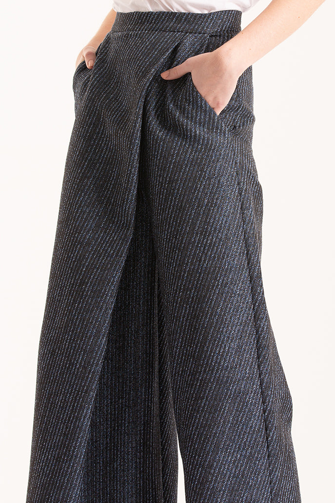 Navy wide-leg pants