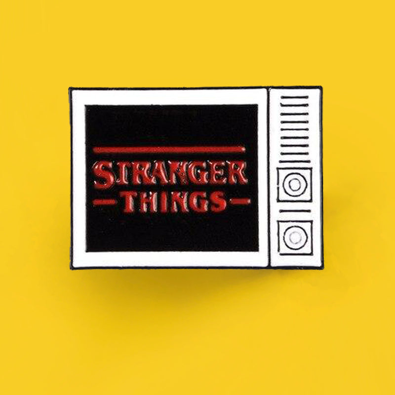 Pin's Stranger Things - Logo de la Série Culte
