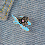 Adorable pins original et pas cher - Pins tortue bleue style cartoon