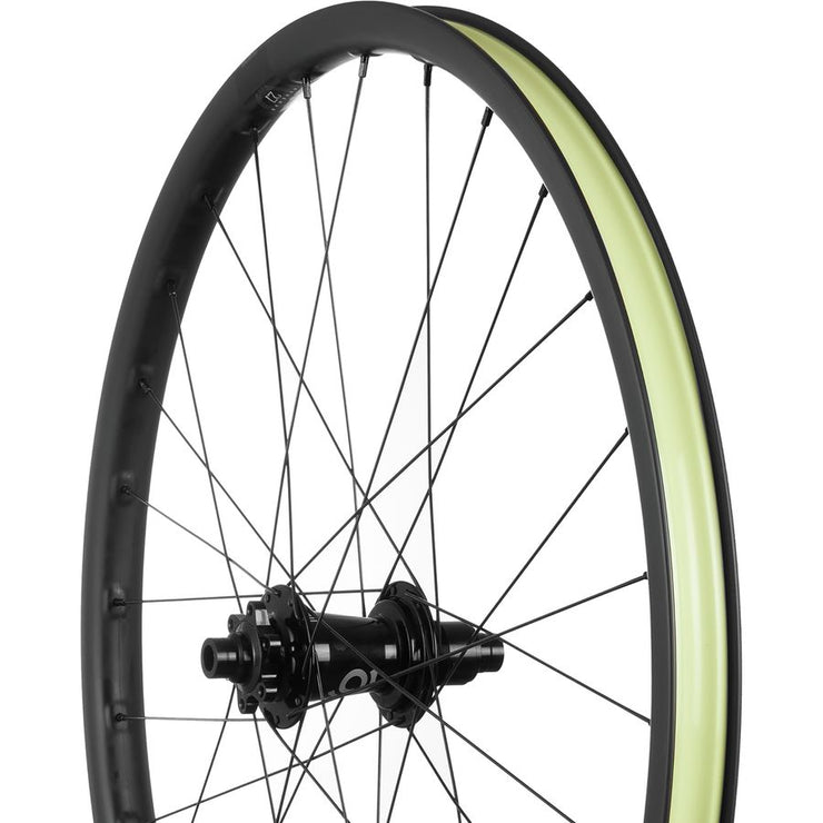 "Santa Cruz Reserve 27 27.5"" Industry Nine 110/148 Wheelset"
