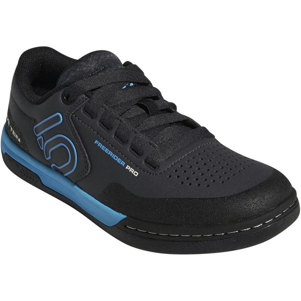Five Ten Women's Freerider Pro Mountain Bike Shoe carbon cyan side view