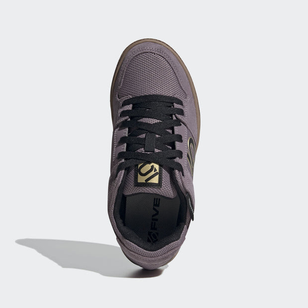 Five Ten Women's Freerider flat pedal shoe Legacy Purple/Black/Gum top view