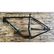 2018 Salsa Cycles Woodsmoke carbon frame size XL  non drive side