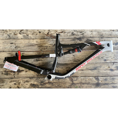 Rocky Mountain Bicycles 2018 Altitude C Frame