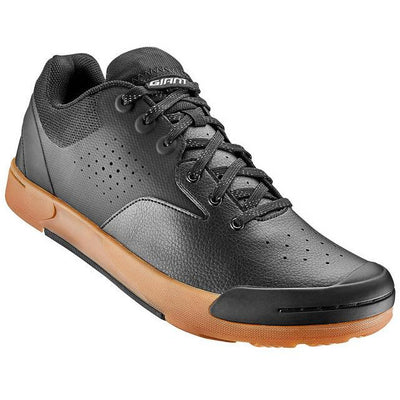 Giant Shuttle Flat mountain bike shoe black gum