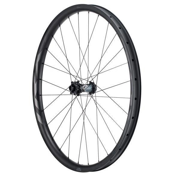 Giant TRX 1 27.5 Carbon Trail Front Wheel hub view