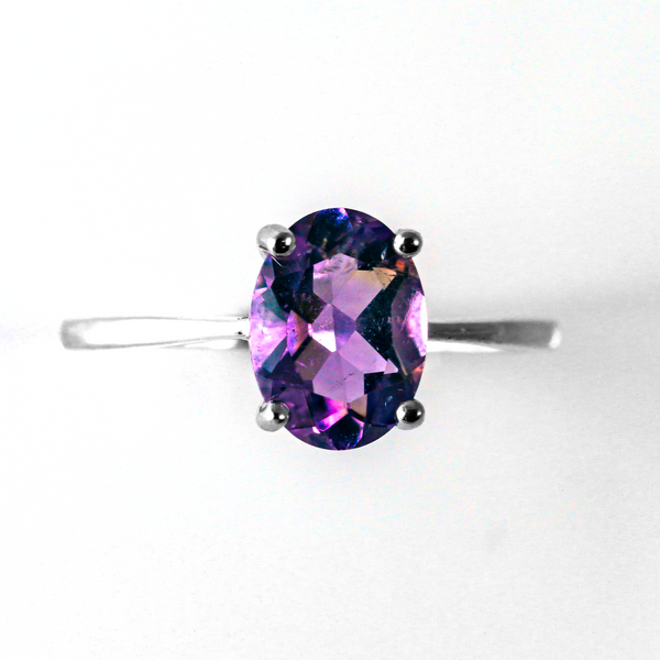 Lavender Purple Oval Solitaire Sterling Silver Ring CZ