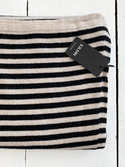 sjaalmania sjaal cosy short stripes light sand-black