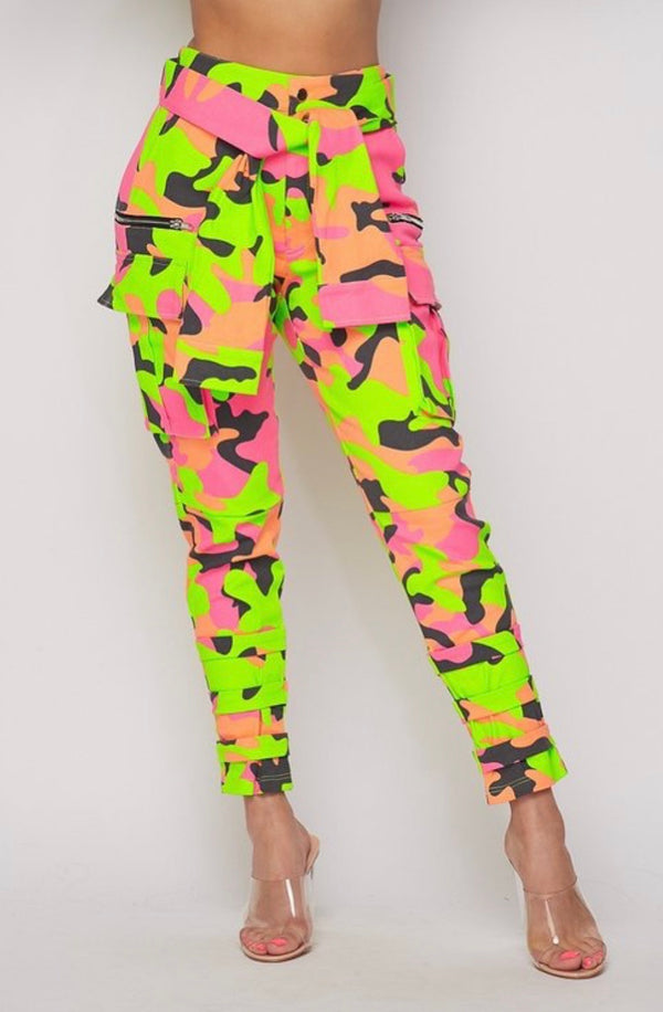 Armed Twist Camo Pants