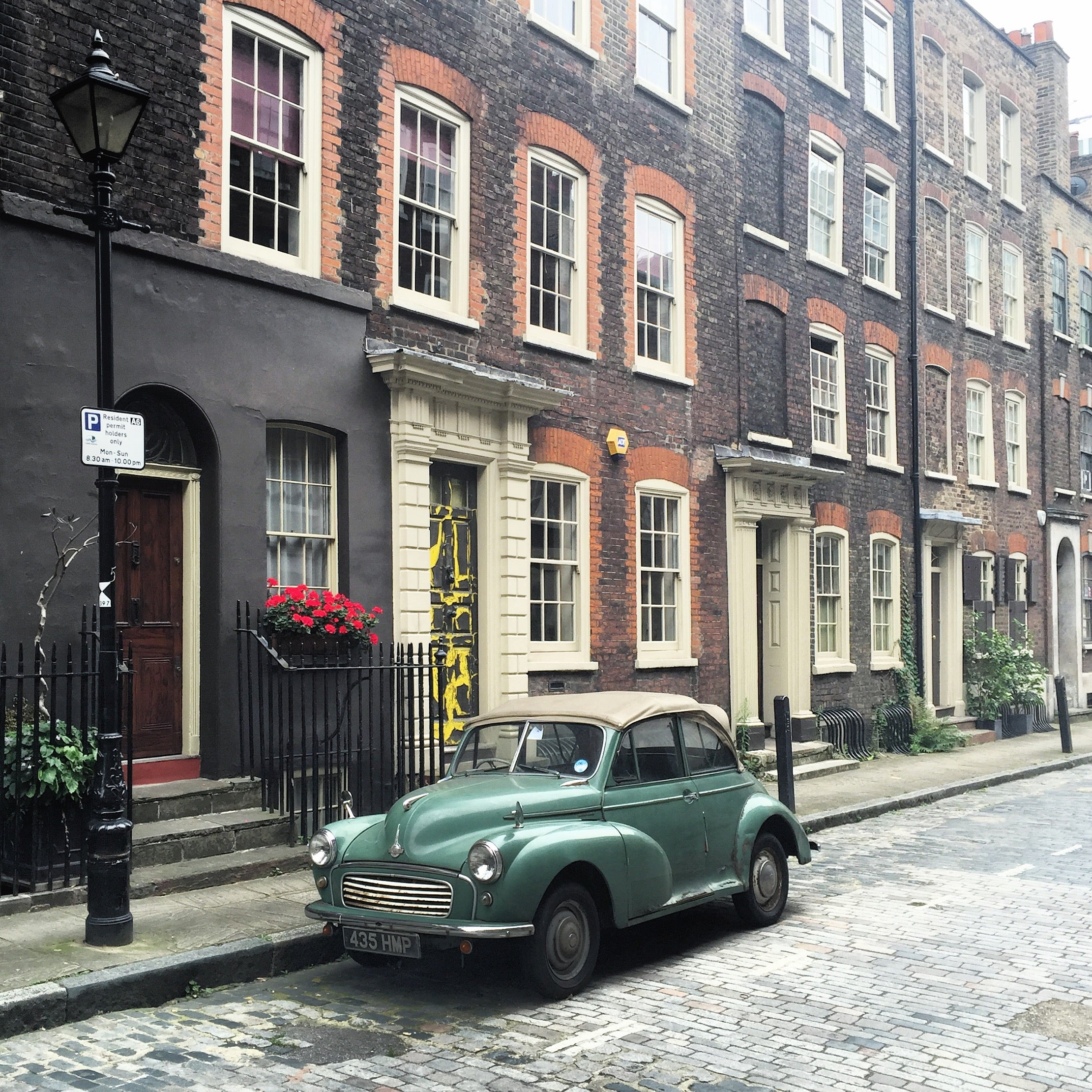 Green Car on the streets of London