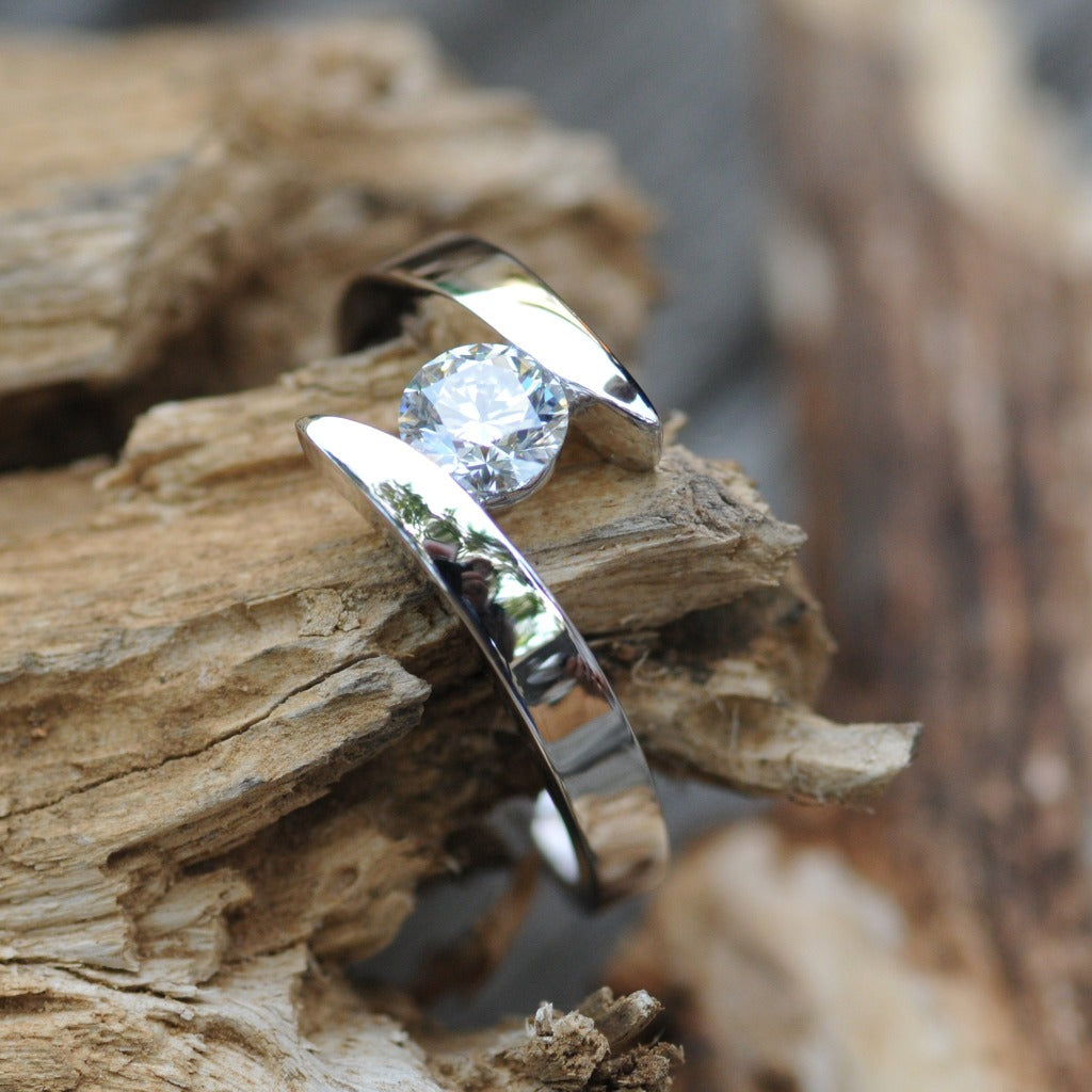 Twisted Shoulder Diamond Ring