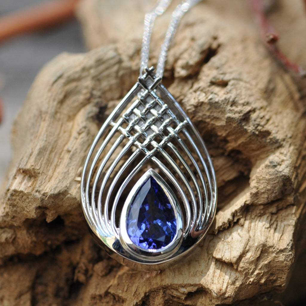 Tanzanite and White Gold Basketweave Pendant