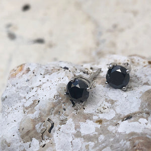 4 Claw Round Cut Black Diamond Studs