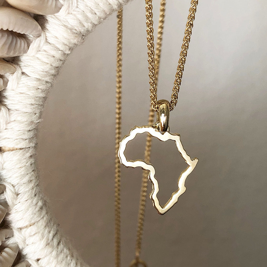 9ct Africa Map Outline Gold Pendant