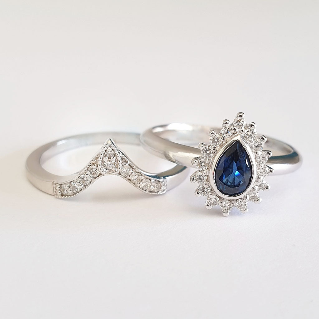 Diamond Halo Pear Cut Blue Sapphire with Pointed Diamond Band Wedding Set