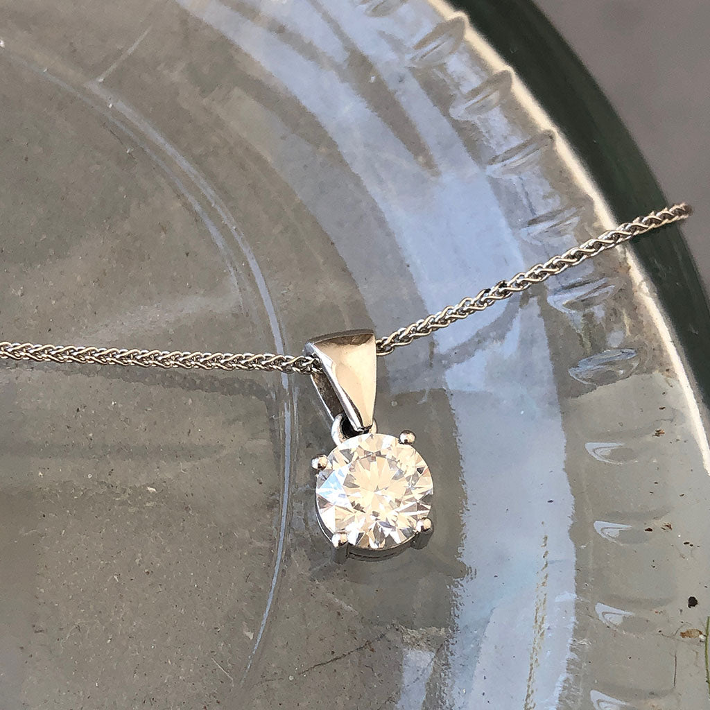 Handcrafted Four Claw Solitaire Round Cut Diamond Pendant