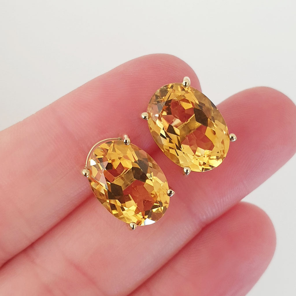 Glamorous Handcrafted Oval Citrine Earrings