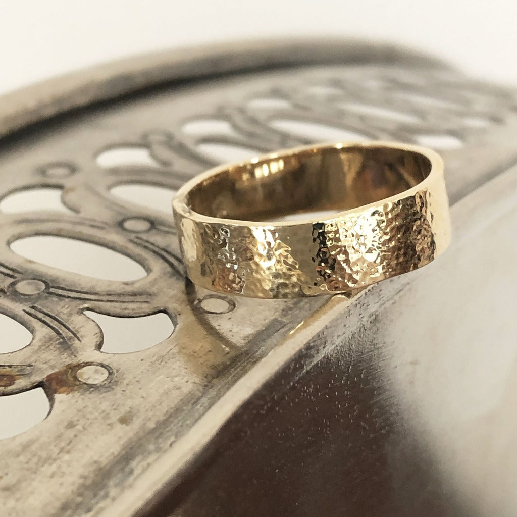 Mens Handcrafted Yellow Gold Wedding Band