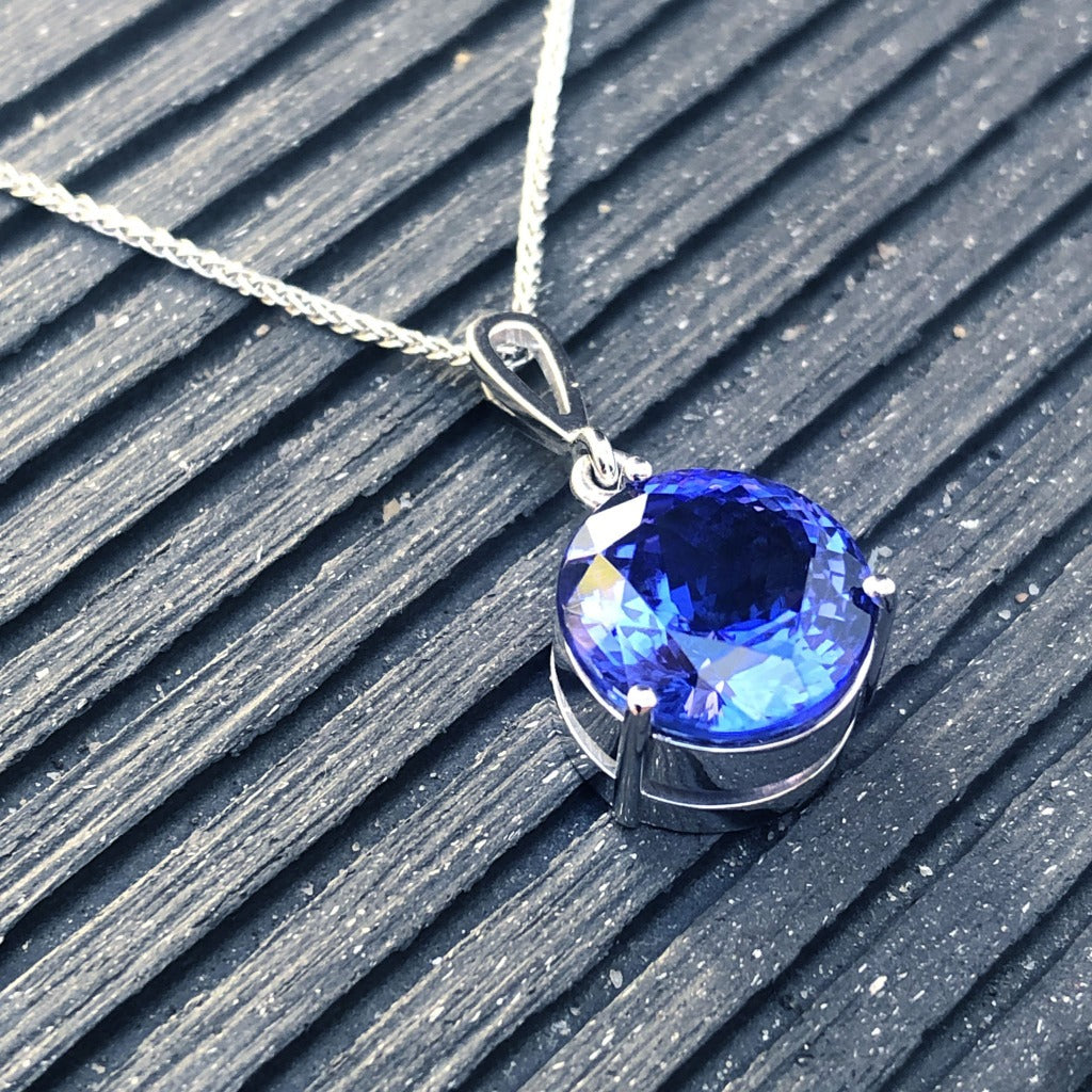 Handcrafted Solitaire Tanzanite Droplet Bale Pendant