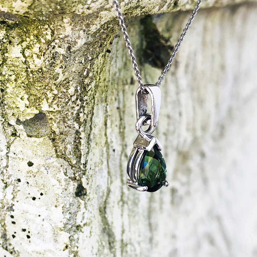 Classic Pear Cut Green Tourmaline and White Gold Pendant