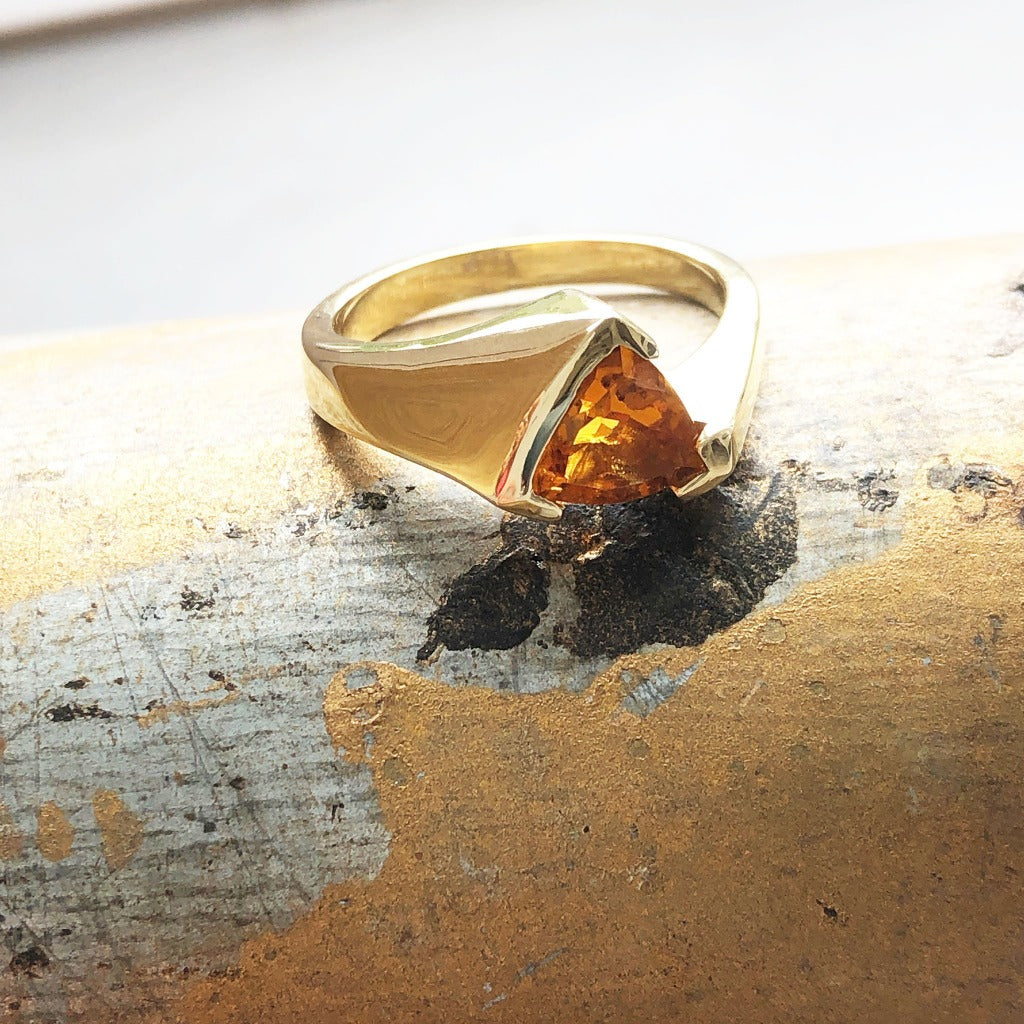 Trilliant Cut Citrine with Twisted Yellow Gold Band