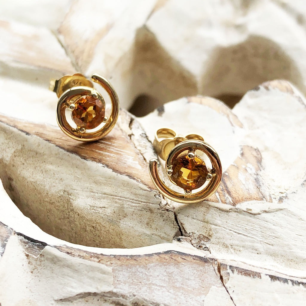 Circle Twist Citrine and Yellow Gold Studs