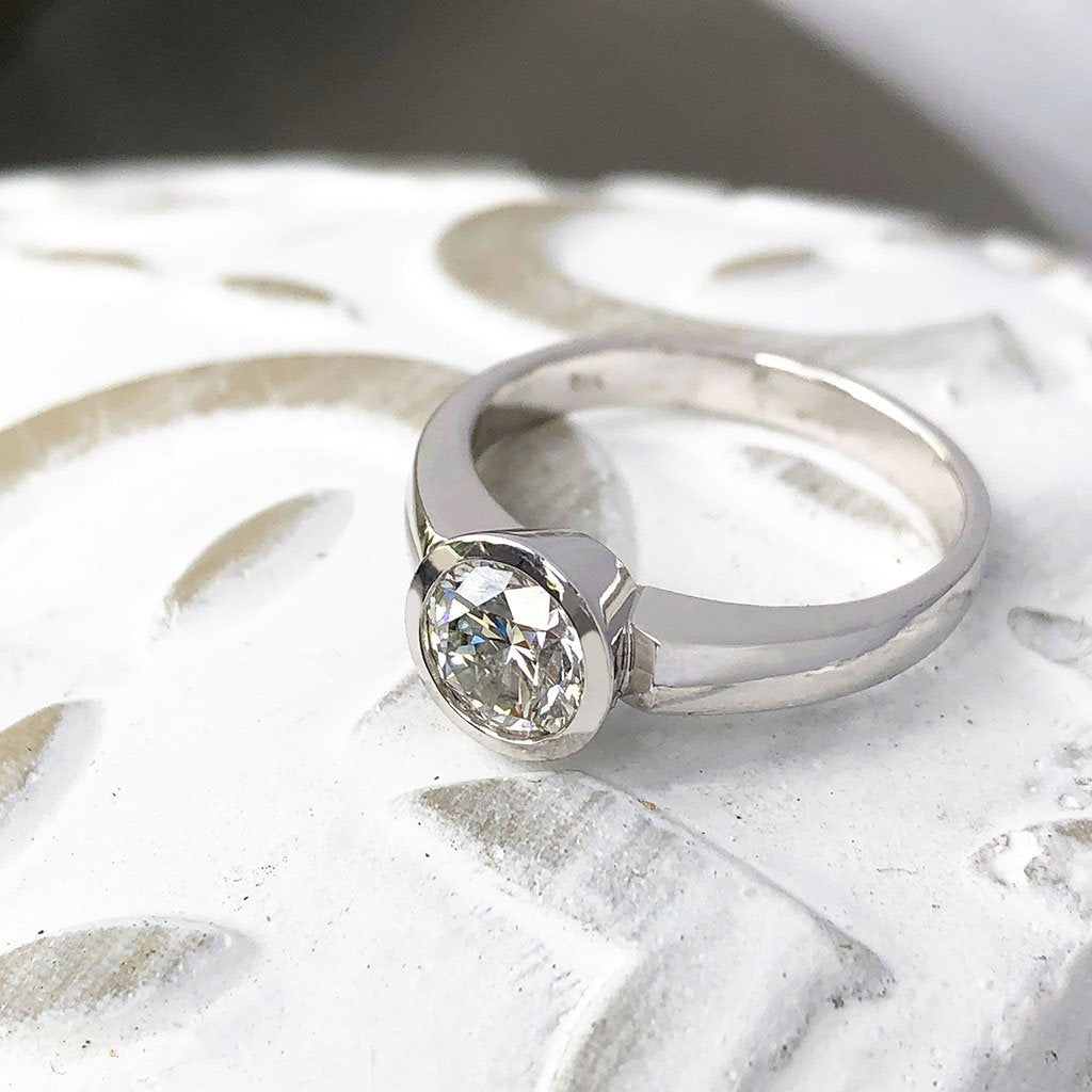 Handcrafted Dazzling Solitaire White Diamond Ring