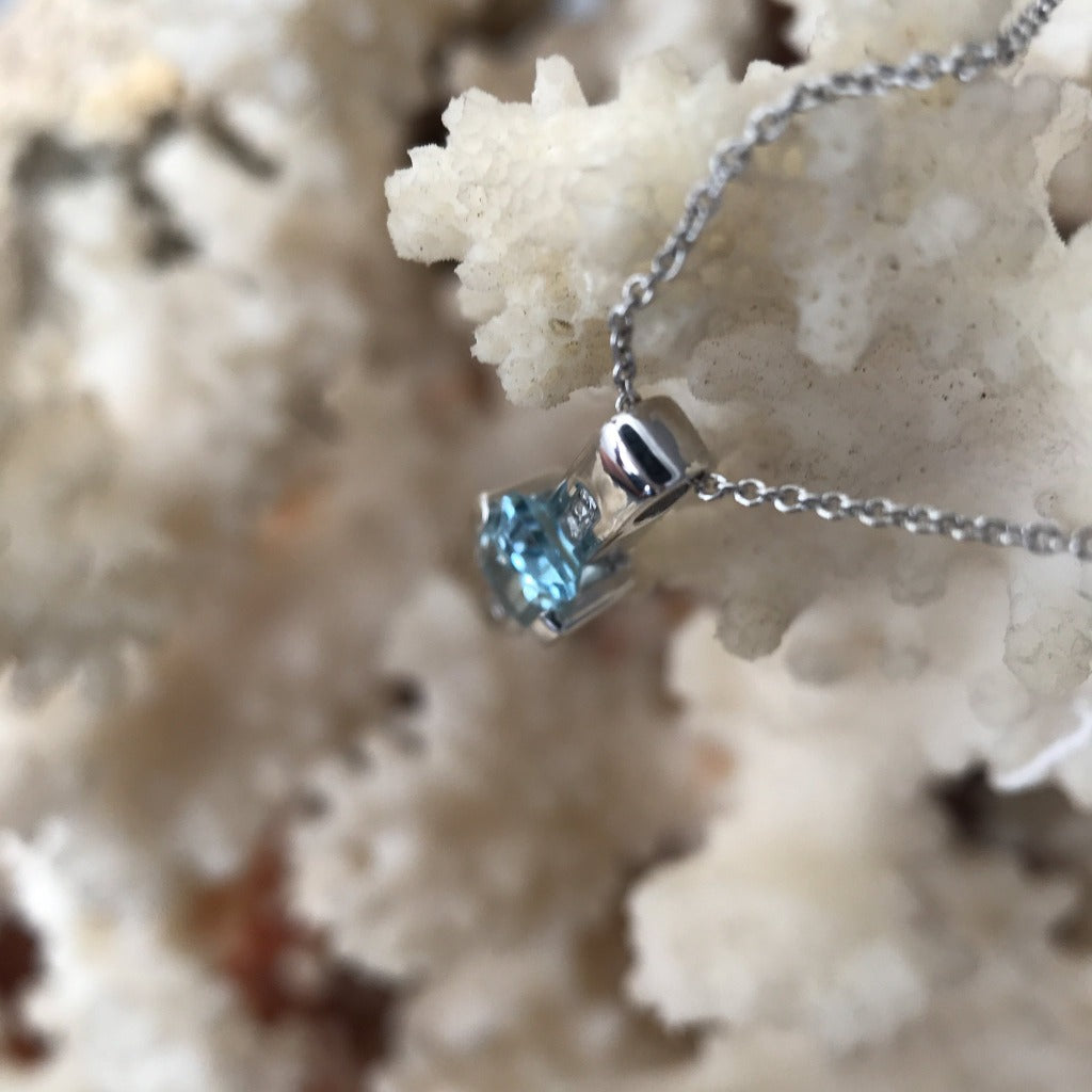 Octagonal Cut Aquamarine and Diamond pendant with Chain