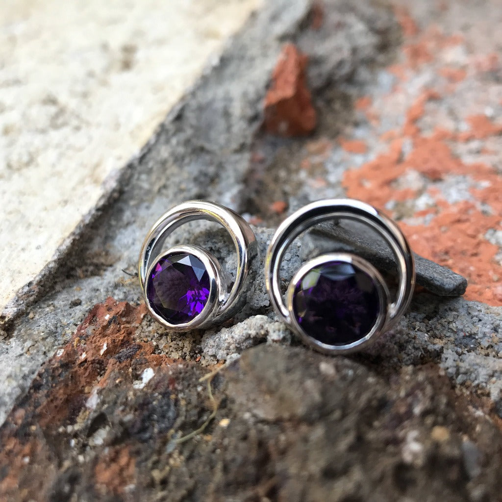 Round Cut Tube Set Amethyst earrings