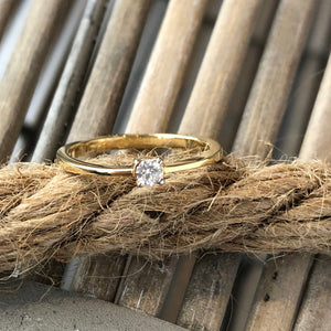 Classic Diamond Solitaire Ring in 18ct Yellow Gold