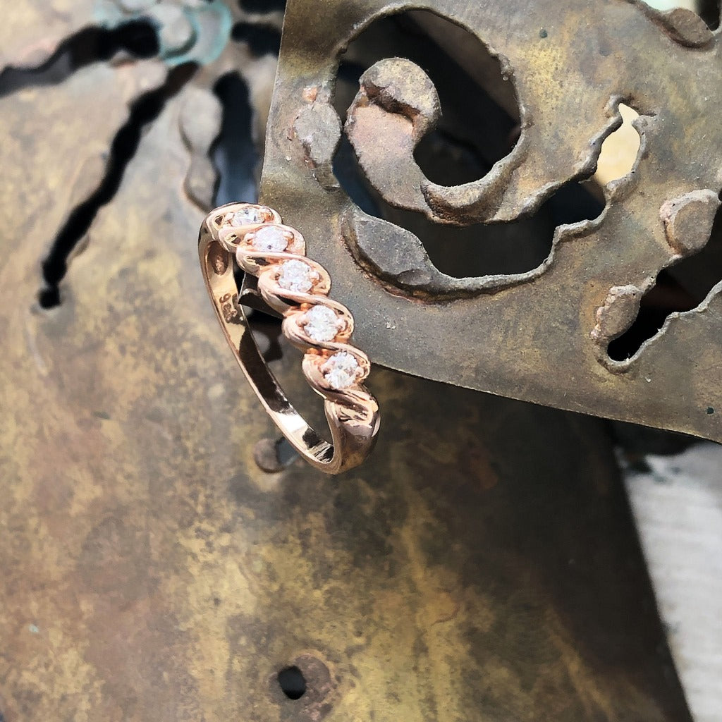 5 Diamond Rose Gold Twisted Diamond Ring