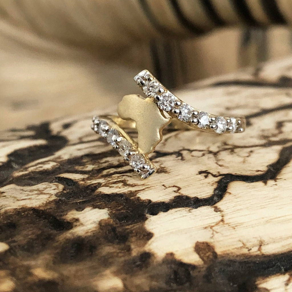 Yellow Gold Africa Map with Split Band Diamond Accent Ring