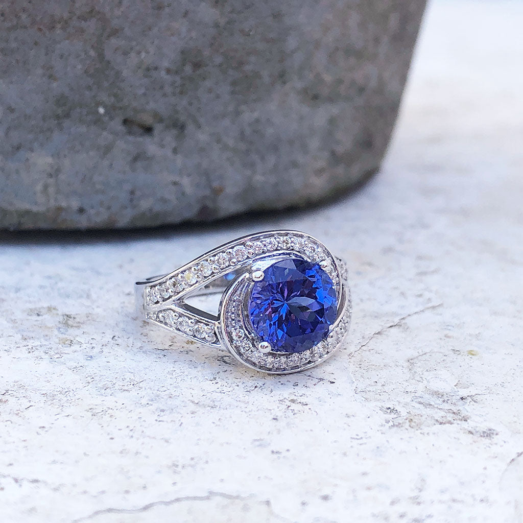 Ornate Diamond Twist Diamond and Tanzanite Ring