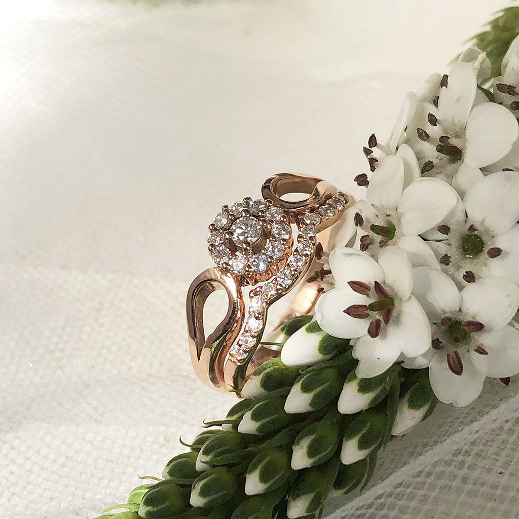 Rose Gold Diamond Flower Cluster Engagement Ring With Diamond Accented Wedding Band Set