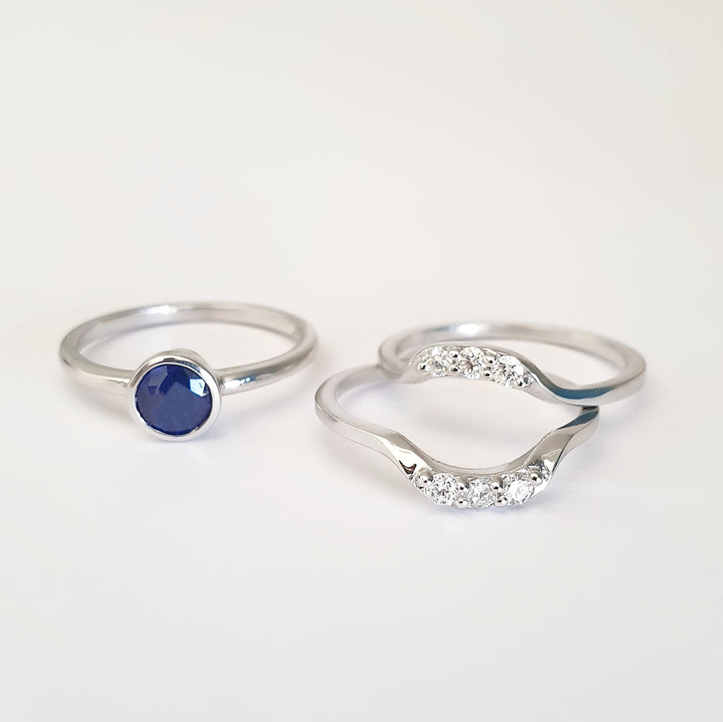 Round Bezel Set Blue Sapphire with 2 x Diamond Band Accent Wedding Set