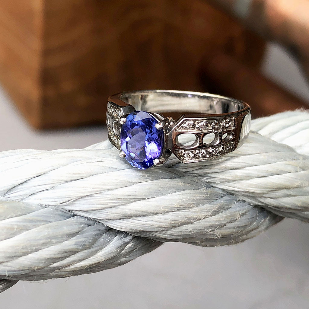 Tanzanite and Diamond Decorative Shoulder Ring