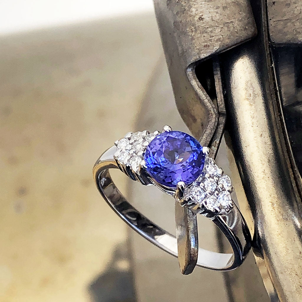 Tanzanite and Multiple Diamond Shoulder Accent Ring